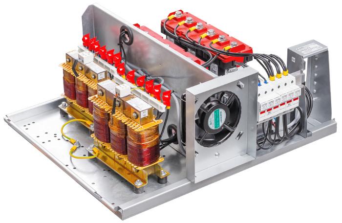 Bateria kondensatorów Zvar bez obudowy.